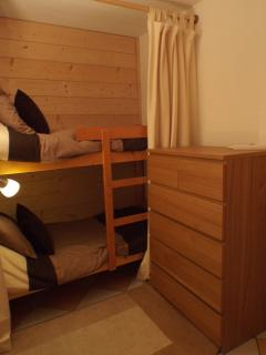 Bunk Room (adult sized bunk beds with curtain screens)