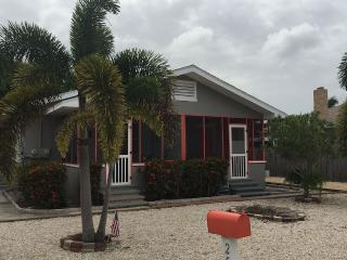 Great North End Location In Quiet Neighborhood, Fort Myers Beach