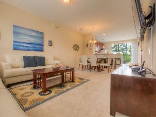 Newly fully furnished in 2015 tri-level townhouse in Vista Cay Resort, Orlando
