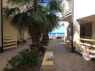Appartamento sul Mare, Patti