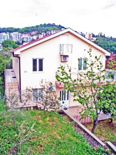 Apartment Pax (3-5 Persons)