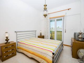 Very Nice Sunny Bedroom in Qt.ª do Conde, Quinta Do Conde