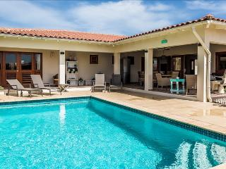 Casa Calida, a luxury villa with large porch and private pool in Sabalpalm Villa