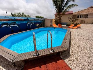 Villa Kas Leo - With private pool, rinse tanks and a large porch in Belnem, Kralendijk
