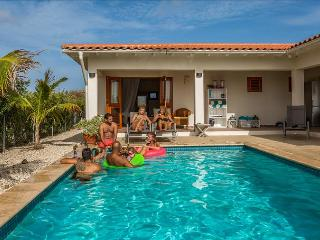 Villa Casa Calida - With large porch and private pool in Sabalpalm Villas