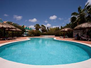 Caribbean Court Resort - Apartment 306, waterfront apartment on the ground floor, Kralendijk
