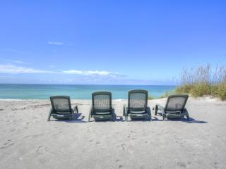 PREMIER BEACHFRONT HOUSE - THE ULTIMATE IN LUXURY, Longboat Key