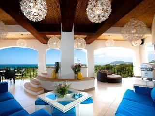Luxurious Tamarindo / Langosta Penthouse
