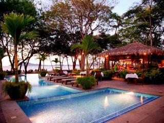 Luxurious Tamarindo / Langosta Penthouse