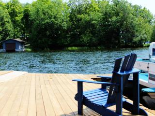 Pet Friendly Cottage Rentals at Blue Pigeon Resort, Bobcaygeon