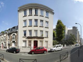 Studio Paris 20e, Le Pre Saint Gervais