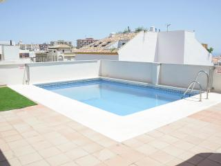 Luxury Apt Arroyo de la Miel Benalmadena A/C  Wifi  Pool