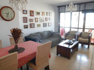 ⭐Great Location! Luxury 3 Bed Apt Benalmadena ⭐Lower Prices! ⭐ Parking ⭐Sleeps 5
