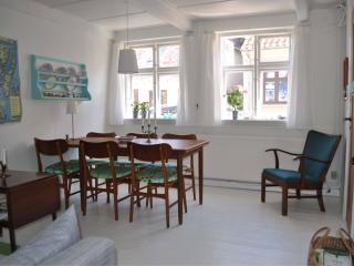 The dining corner in the livingroom
