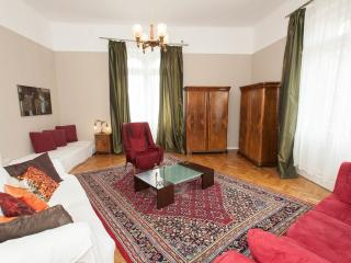 Fantastic 5 bedroom 3 bathroom stylish apartment, Budapest
