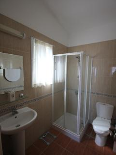 Master ensuite with dressing area