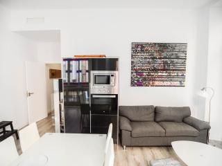 Best flat to enjoy Malaga city center. 4 rooms/3 baths