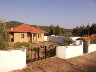 Villa Olivia, Akbuk