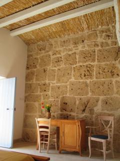 parete camera 'Rosina' il vecchio fienile in arenaria