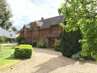 Beautiful 5 bedroom home in Goodwood location near Chichester