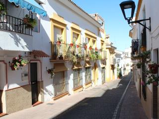 Estepona Old Town - 250m to Beach