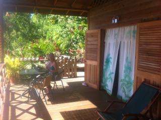 Carpe Diem Villa: Green room 1bedroomed self catering apartment