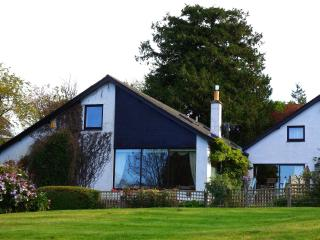 Lakefield House