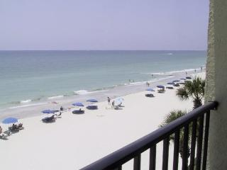 Oceanfront, Breathtaking Views from Large Balcony!, Madeira Beach