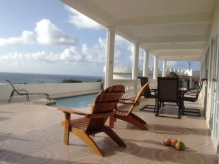 Private New Luxurious, heated pool,  great views, AC, cook, Vieux Fort