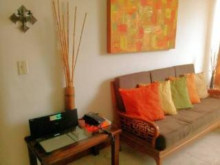 3-BEDROOM SPACIOUS APARTMENT IN POBLADO, Medellín