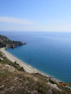 Maro beach 10 mins drive