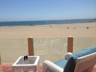 LUXURY BEACH HOUSE ON THE SAND!!!, Marina del Rey