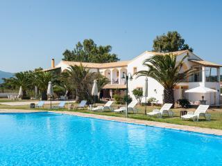 Corfu Sea Palm Residence Villa Azzura, Roda