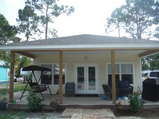Gulf Coast Getaway - New Vacation Home!