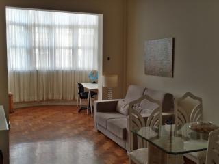Amplo apartamento de três quartos em Copacabana, Rio de Janeiro