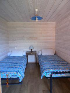 Chambre2 lits gigognes