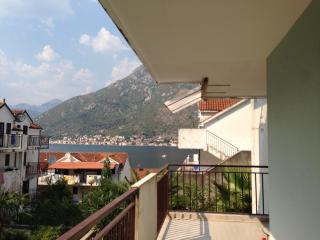 Apartment CH, Kotor