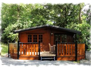 Blelham Tarn (Luxury Log Cabin)