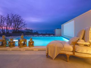 Luxary Villa Prova