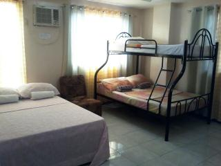 Haus Of Tubo Pension House Family Room, Davao City