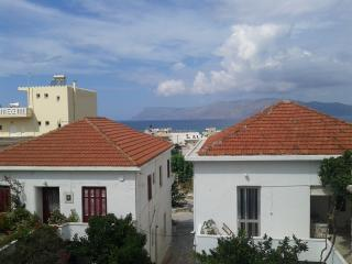 kissamos holiday  home  next to the sea for 6 peop, Chania Prefecture