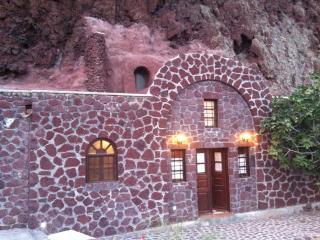 Traditionell rot Grottenhaus Santorini, Akrotiri