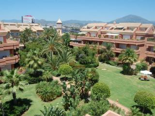NEW ! El Embrujo Playa, 3 bed Next to Puerto Banus, Puerto Banús