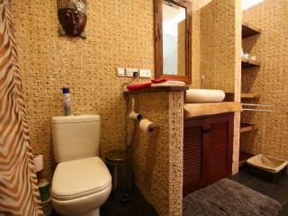 Luxury deluxe bedroom washbasin
