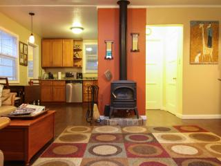 #B - Russian River Paradise - 1 bd for 4!, Guerneville