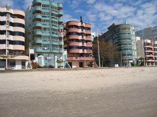 Apartamento frente ao mar, Itapema