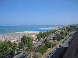 A 90 metri dal mare ed in zona centrale, Pescara, Abruzzo