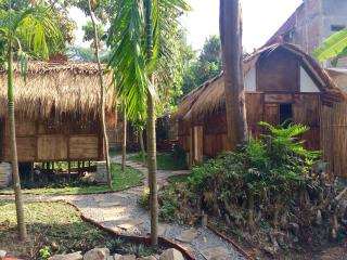 FrogStay Nawang Room by the River
