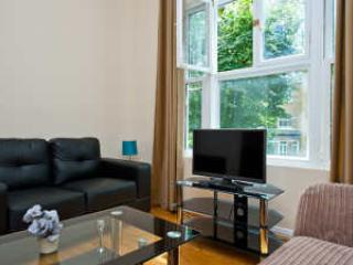 2 Bedroom Apartments near Kensington Olympia, London