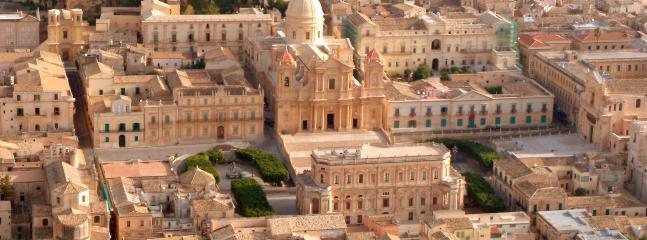 Noto- centro storico. - f. cataneo